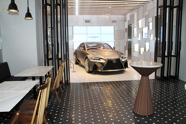 「INTERSECT BY LEXUS」