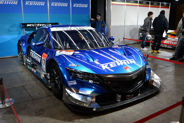 SUPER GT GT500クラス:NSX CONCEPT-GT(ケーヒンリアルレーシング ♯17塚越広大/金石年弘)/ホンダブース【東京オートサロン2015】