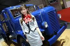 『東京モーターショー2015』会場に華を添えるコンパニオンに注目!