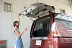 新型セレナ「ハンズフリースライドドア」や「デュアルバックドア」などの便利機能が満載