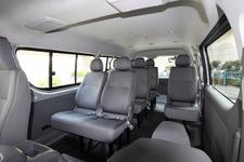 トヨタ ハイエース:室内空間