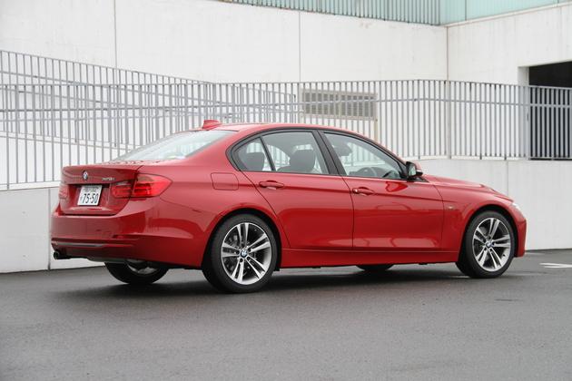 BMW 3シリーズ 328i Sport