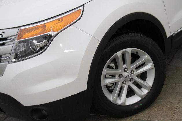 フォード エクスプローラー 2.0 XLT EcoBoost